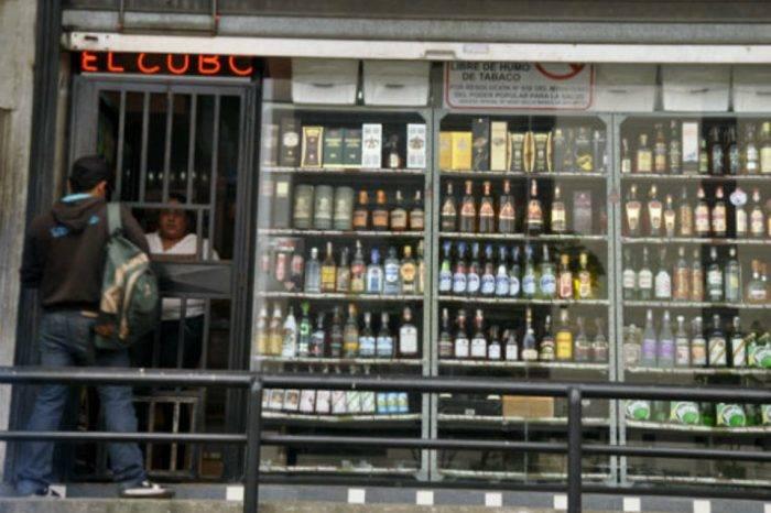 Hiperinflación deja fuera al licor de la mesa navideña de muchas familias venezolanas