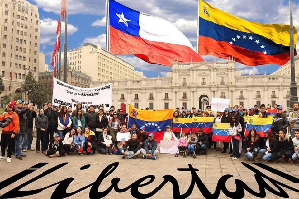 Venezolanos en Chile podrán realizar trámites migratorios con pasaportes vencidos