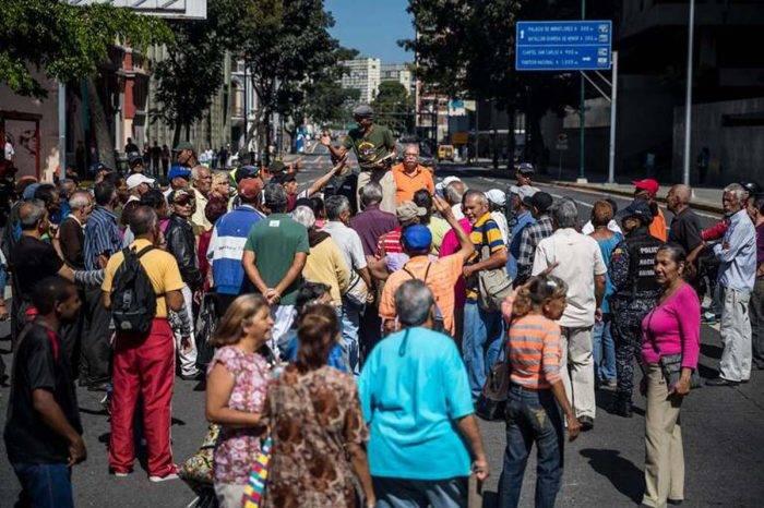 """La falta de """"amor mayor"""" llevó a los pensionados a tomar las calles"""