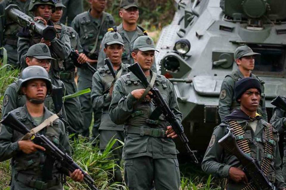 Hoy - Tirania de Nicolas Maduro - Página 11 Militares-venezolanos