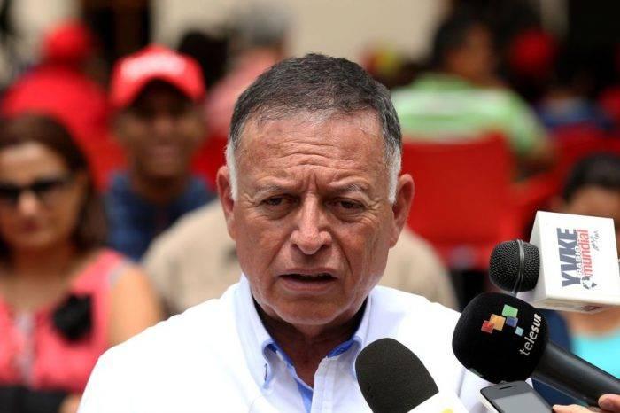 Gobierno de Maduro pide a México aceptar a Arias Cárdenas como embajador de Venezuela