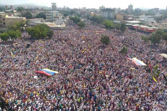 Concentraciones opositoras en diferentes ciudades del país sobrepasan expectativas