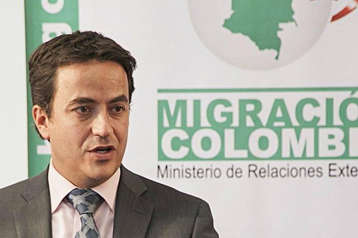Colombia prohíbe la entrada a más de 200 funcionarios del gobierno de Maduro