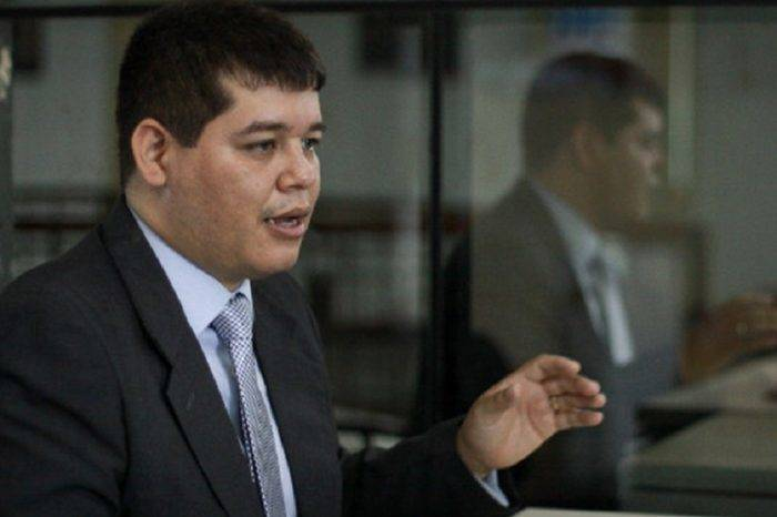 "Magistrado ""exprés"" Christian Zerpa huyó a EEUU para colaborar con la justicia"