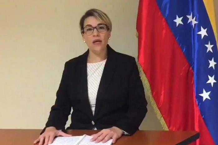 Funcionaria consular en Miami reconoce a Guaidó como Presidente de Venezuela
