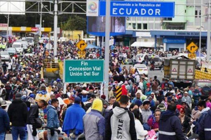 Venezolanos en Ecuador prevén mayor flujo migratorio por situación en Perú
