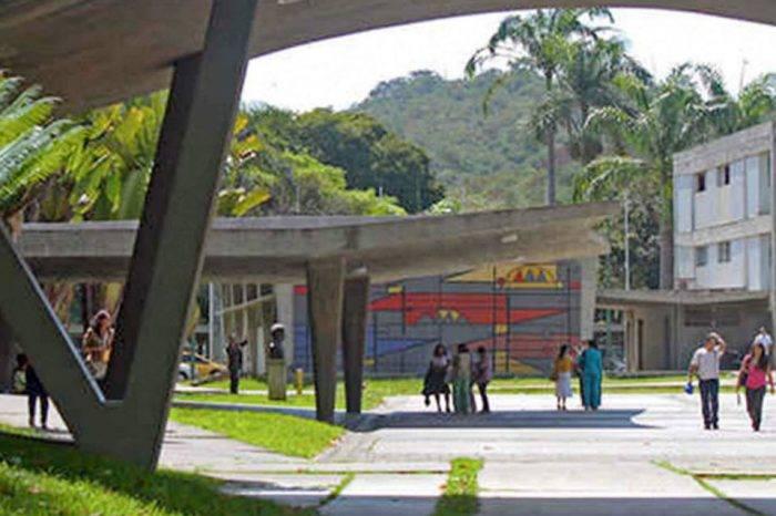 UCV suspende actividades académicas hasta el lunes 18 por la crisis