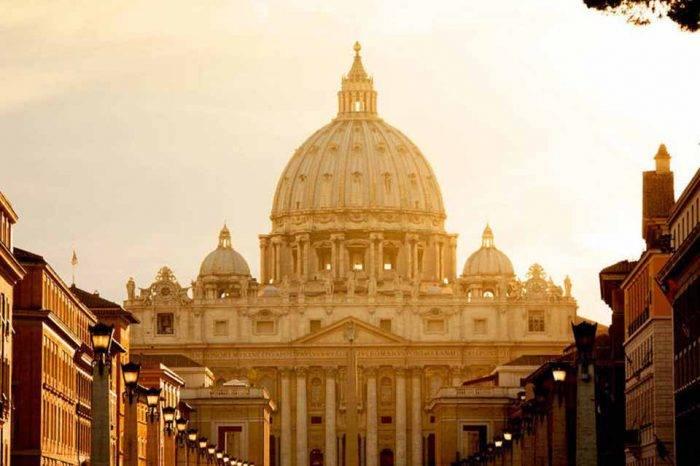 """Vaticano explica que fue al acto de Maduro del #10Ene para """"promover bien común"""""""