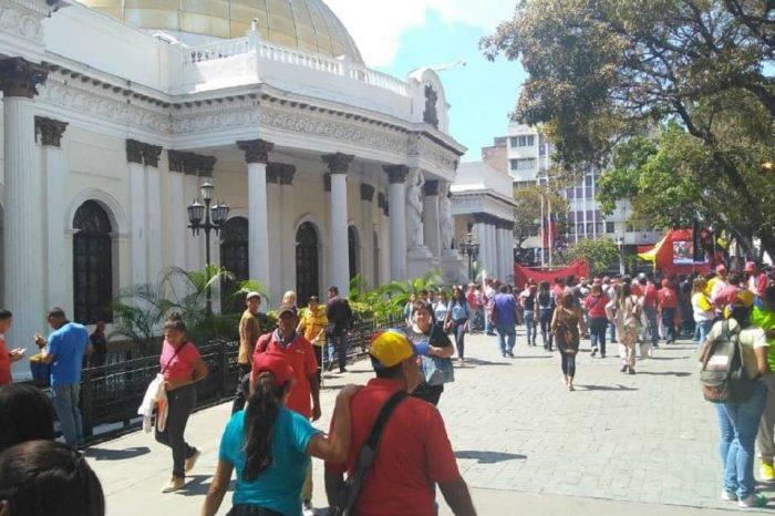 Pueblo no acompañó a Maduro en presentación de memoria y cuenta ante la ANC