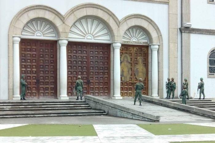 Liberados 1.000 manifestantes asediados por la GNB y colectivos en catedral de Maturín