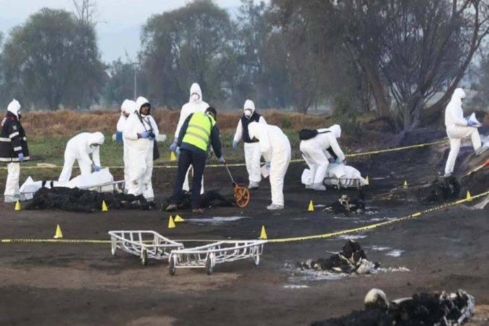 Sube a 93 los fallecidos al explotar toma clandestina de gasolina en México