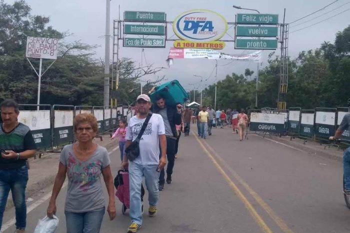 Frontera se mantiene activa por el comercio y la expectativa por la ayuda