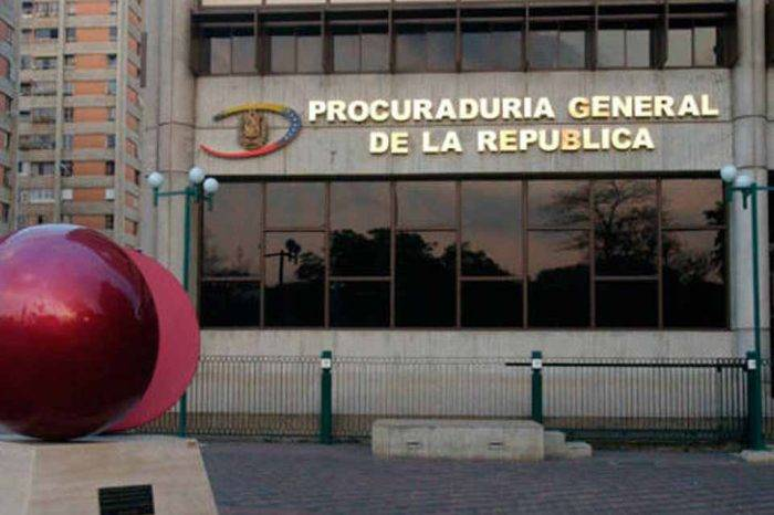 Advierten al bufete Amsterdam & Partners que no puede firmar contratos con Maduro