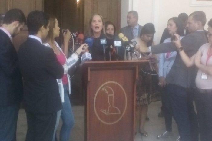 Más de 100 periodistas han sido agredidos durante el mes de febrero