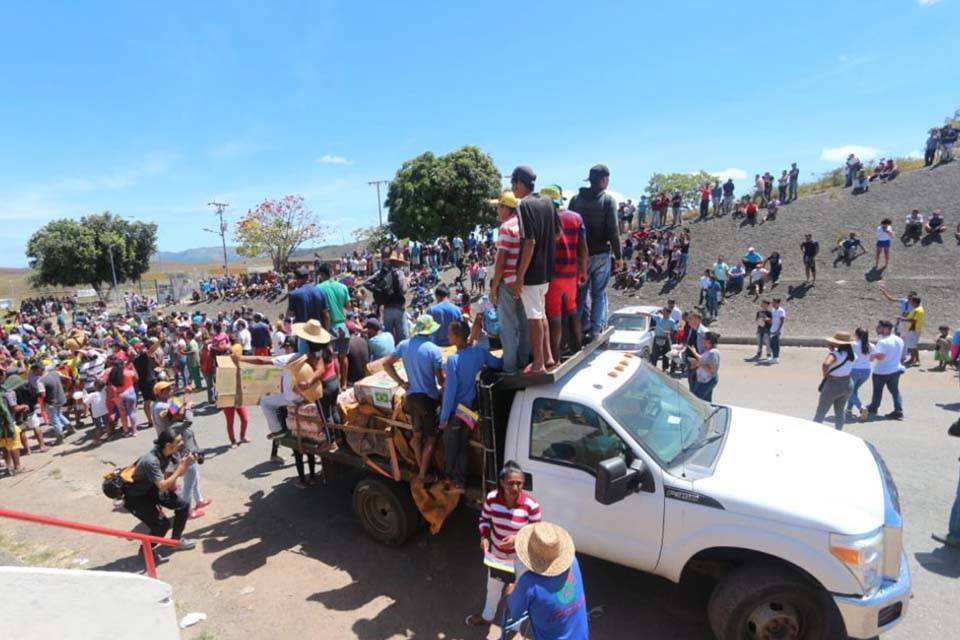 Camión con ayuda de Brasil