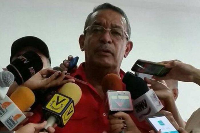 García Carneiro celebra recuperación del covid-19 con reunión en medio del confinamiento