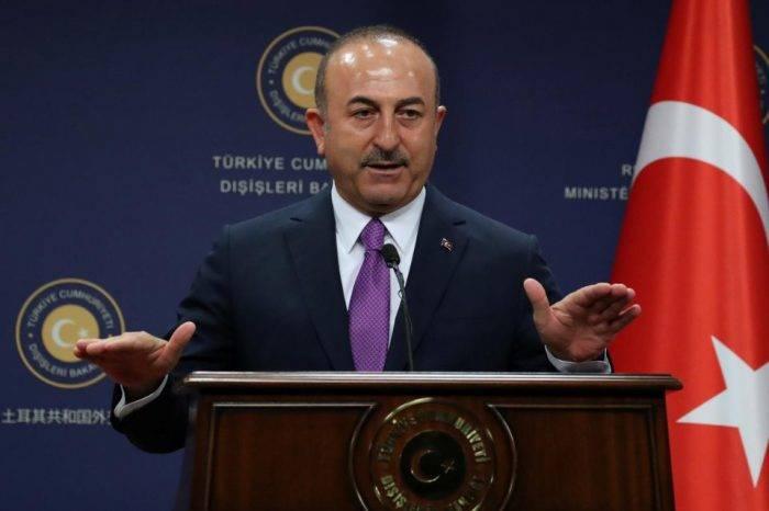 Mevlüt Çavusoglu Turquía