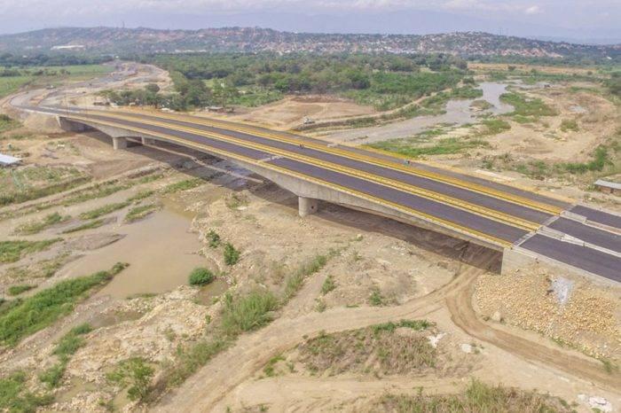 Puente construido por Maduro y Santos sería el centro de acopio de ayuda humanitaria