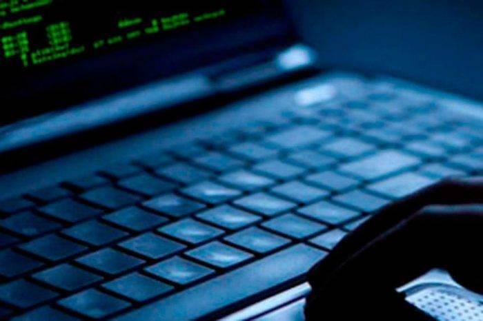 El Estímulo, KonZapata y AlNavío denuncian ataques cibernéticos a sus portales