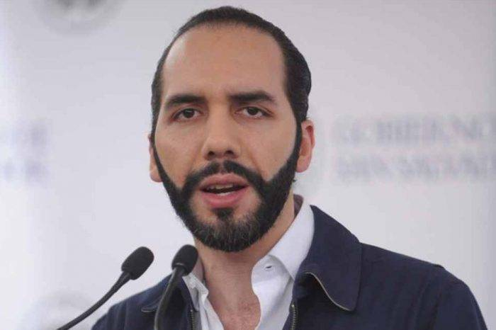 Representantes de Maduro abandonan embajada salvadoreña tras ser expulsados por Bukele