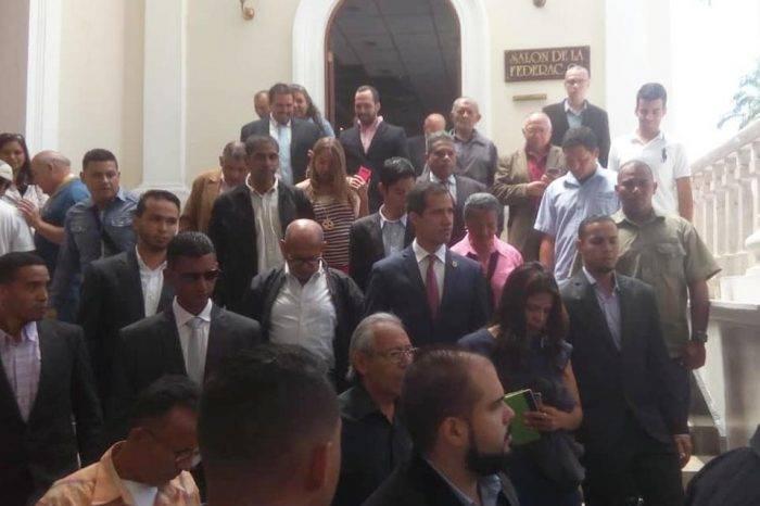 """Juan Guaidó: """"En Venezuela no hay gabinete ni cambios, hay usurpación"""""""