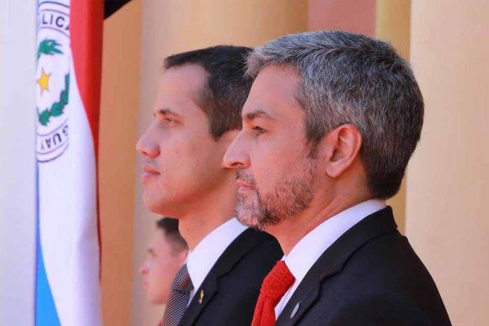 Presidente de Paraguay pide a colaboradores defender la causa venezolana como a su país