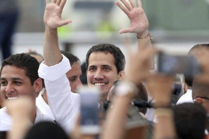 Guaidó, paralelo a su llegada a Venezuela, convoca a concentraciones para el #4Mar