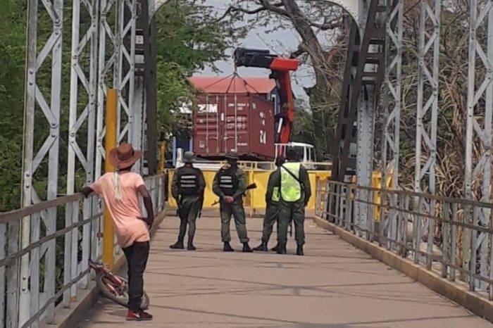 """Diputados califican de """"cruel"""" cierre de fronteras y exigen su rápida reapertura"""