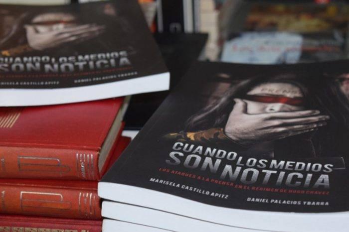 El libro 'Cuando los medios son noticia' nominado a los Napolitan Victory Awards