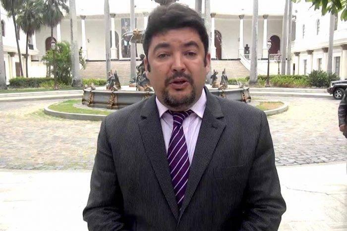 Sebin detuvo en la madrugada a jefe del despacho de Juan Guaidó