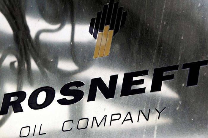 Rusa Rosneft dice haber elevado en 7% producción de crudo en Venezuela durante 2018