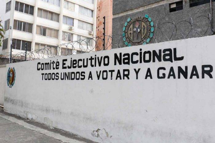 """La intervención de partidos los ha alineado con la """"revolución"""""""