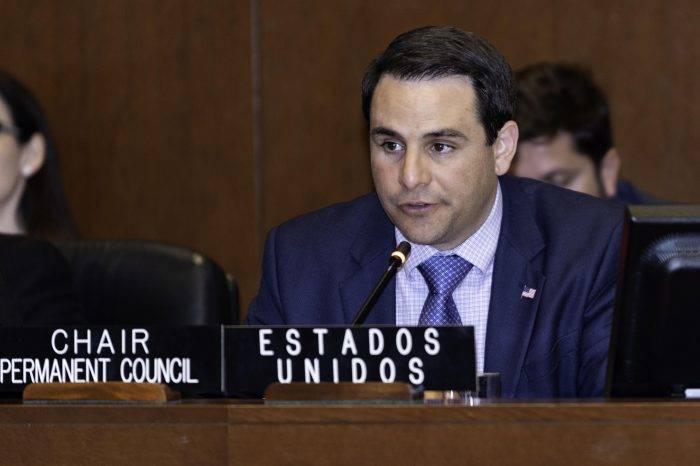 """Embajador de EEUU en la OEA afirma que sanciones a Maduro han sido """"todo un éxito"""""""