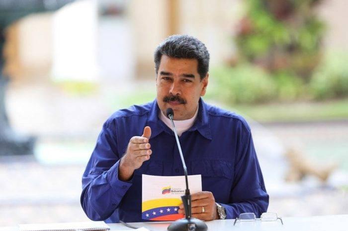 Maduro asegura que denunciará a EEUU por desalojar embajada de Venezuela en Washington