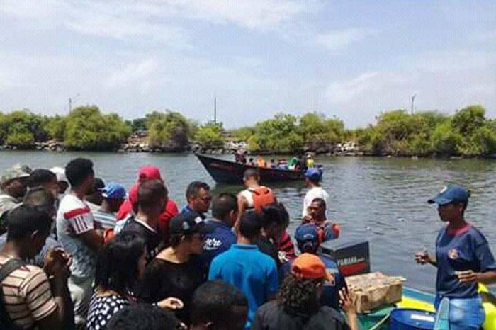Pescadores asumen búsqueda de náufragos en Güiria a falta de embarcaciones militares