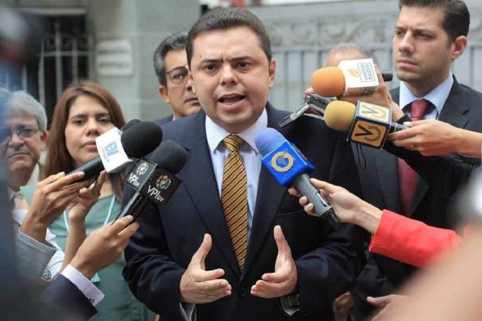 Ecarri: Es momento de privatizar la industria petrolera venezolana