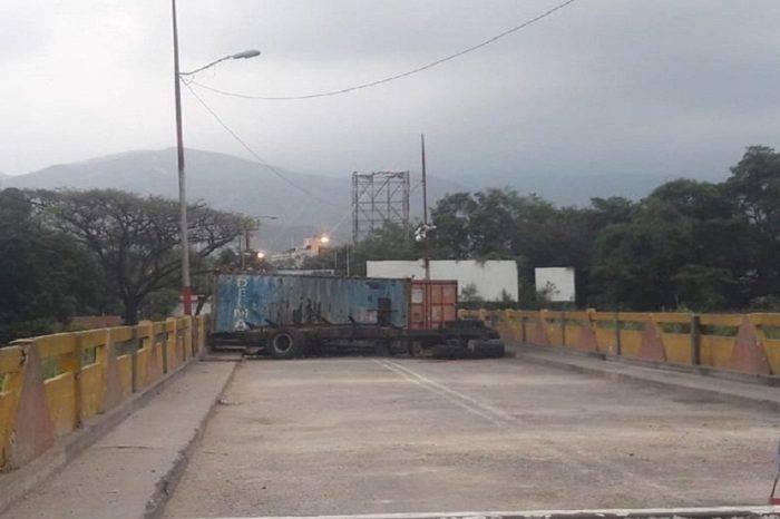 Desmienten que contenedores del Puente Internacional Simón Bolívar hayan sido retirados