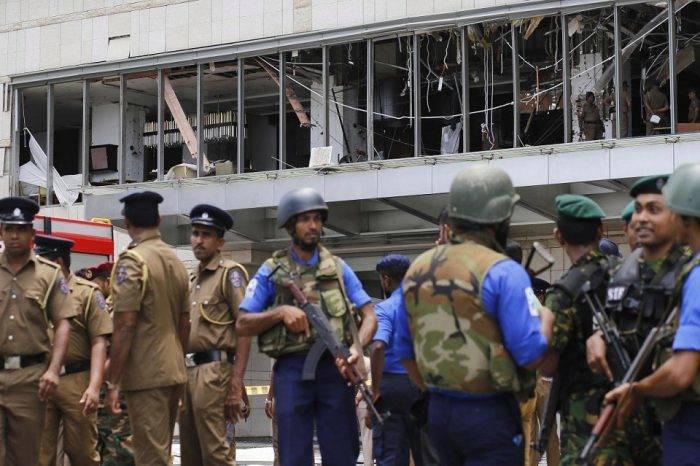 Secretario de Defensa de Sri Lanka renunció tras las fallas de seguridad en los atentados