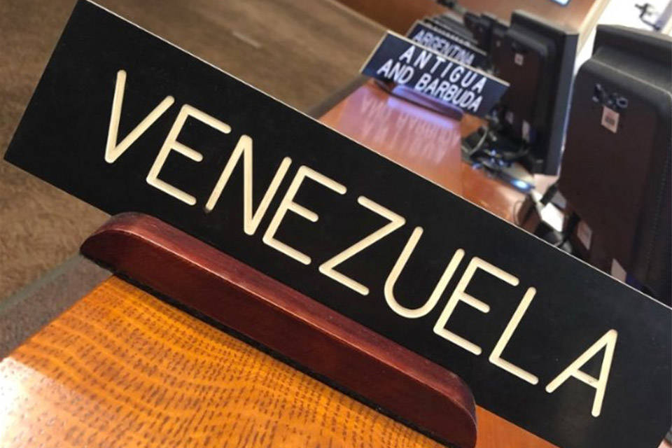"Asamblea Nacional le ""disolvió"" a Maduro la salida de Venezuela de la OEA"