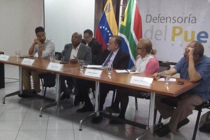 Defensor del Pueblo reconoce fallas en el J.M. de los Ríos pero insiste en bloqueos