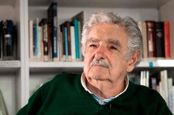 Pepe Mujica: No hay que ponerse delante de las tanquetas