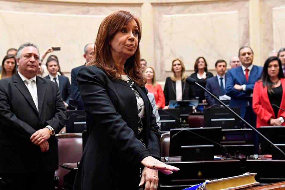 Justicia argentina confirma proceso por corrupción contra Cristina Kirchner