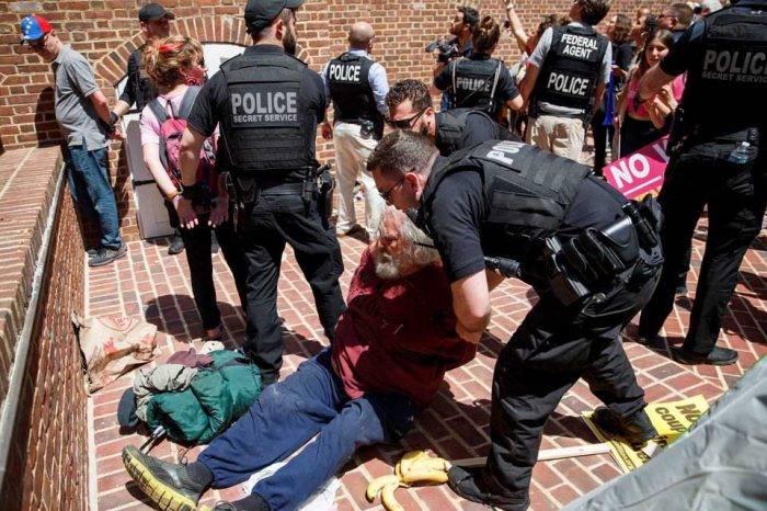 Arrestaron a varios ocupantes de la embajada de Venezuela en Washington
