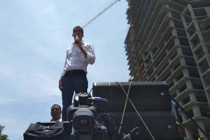 Guaidó afirma que este #2M comienzan paros escalonados en la administración pública