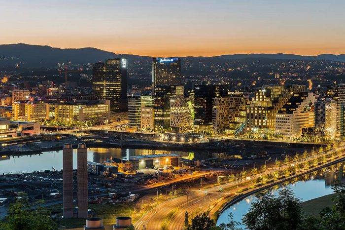 En cinco temas: Oslo queda muy lejos..., por Fernando Luis Egaña
