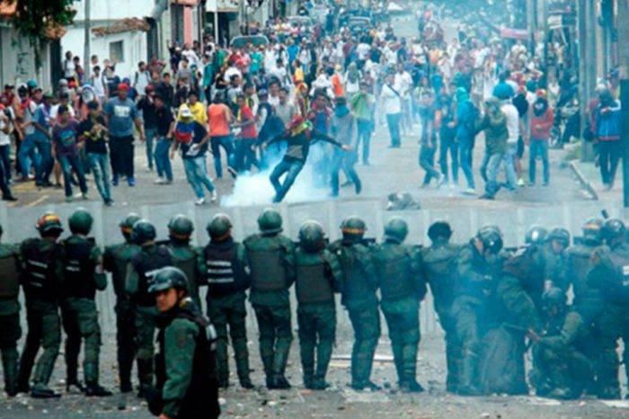 El régimen al ataque, por Pedro Luis Echeverría