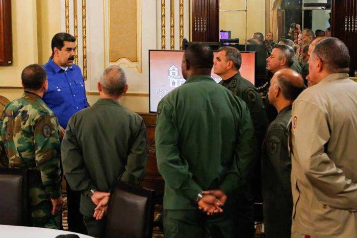 """""""Madrugonazo"""" militar dejó a Nicolás Maduro durmiendo con el enemigo"""