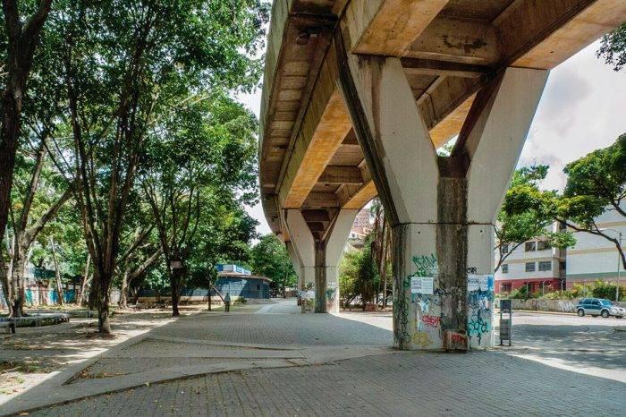 A paso de vencedores el Metro se convirtió en un calvario para habitantes de Caricuao