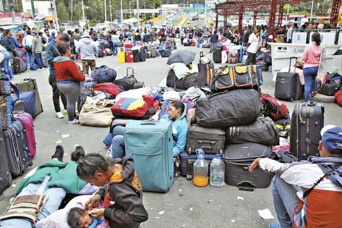 Diputado ecuatoriano afirma que migración venezolana llegó al tope