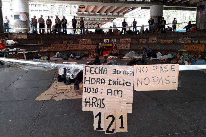 Extrabajadores petroleros llevan más de 120 horas en huelga de hambre